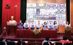 Lần đầu tiên ký cam kết trách nhiệm của người đứng đầu các đơn vị với Bộ trưởng