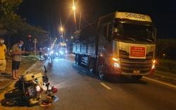 Né trạm thu phí, tài xế xe tải tông CSGT bị thương