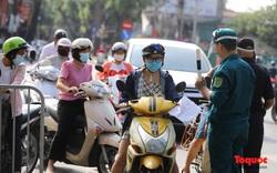 Công an Hà Nội đề nghị dỡ chốt phòng dịch ở các tuyến phố lớn