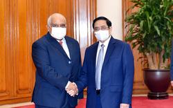 Thủ tướng Phạm Minh Chính tiếp Đại sứ Cuba, thúc đẩy hợp tác vaccine