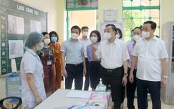 Lãnh đạo TP Hà Nội đồng hành cùng thí sinh trong ngày thi tốt nghiệp THPT đầu tiên