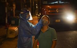 Xuyên đêm test nhanh kháng nguyên SARS-CoV-2 tại các cửa ngõ vào thành phố Đà Nẵng