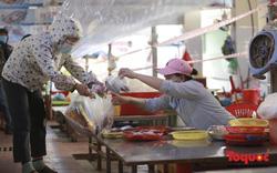 Ảnh: Một số chợ truyền thống ở Đà Nẵng mở cửa trở lại phục vụ người dân