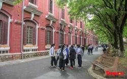 385 học sinh tại Thừa Thiên Huế được tặng Bằng chứng nhận danh hiệu
