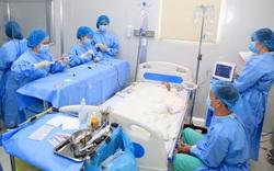 Bác sĩ hiến máu để ghép tế bào gốc thành công cho bệnh nhi 7 tuổi