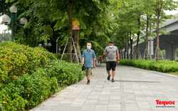 Từ 28/9: Người dân Hà Nội được tập thể dục ngoài trời, trung tâm thương mại được mở cửa