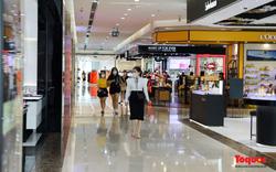 Hà Nội: Trung tâm thương mại, shop thời trang trong ngày đầu mở cửa trở lại