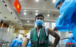 Hà Nội triển khai tiêm vaccine COVID-19 cho shipper, tài xế công nghệ