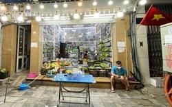 Biến cửa hàng phụ kiện điện thoại thành siêu thị rau mini giữa phố Cổ