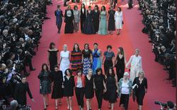 """Cannes ngày 6: Khi sao nhịp bước """"đối đầu"""" lạm dụng tình dục"""