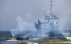 """Mỹ """"nắn gân"""" NATO phản đòn tấn công mối đe dọa của Nga"""