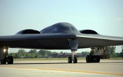 """Vượt mặt Nga, Mỹ tuyên bố """"bất bại"""" bom hạt nhân điều khiển B61-12"""