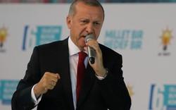 """""""Tất cả những người Thổ Nhĩ Kỳ sẽ chống lại cuộc tấn công kinh tế"""""""