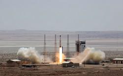 Vượt mặt Mỹ và EU, Iran bất ngờ vạch rõ kế hoạch tên lửa đạn đạo