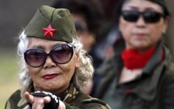 """Trung Quốc """"xắn tay áo"""" trước viễn cảnh đất nước già"""