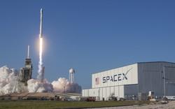 """""""Ham rẻ"""", Mỹ chọn tỷ phú Elon Musk cho kỷ nguyên mới của quân sự không gian"""