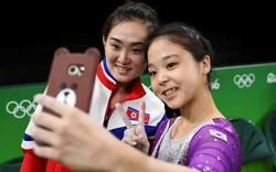 Liệu VĐV Bắc Triều Tiên tự sướng tại Olympic có bị trừng phạt?