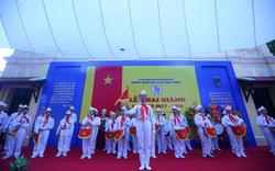 Chủ tịch nước Trần Đại Quang dự lễ khai giảng tại trường THCS Trưng Vương