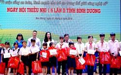 Tặng hàng nghìn phần quà cho trẻ em nhân ngày Quốc tế thiếu nhi