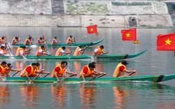 Mường Lay nhộn nhịp đầu năm với Lễ hội đua thuyền Đuôi én