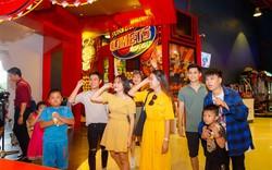 Xuân Bắc - Tự Long xuất hiện tại lễ hội đèn lồng 2018 tại Đà Nẵng