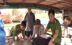 Bắt 6 ghe hút trộm cát trên sông Thu Bồn