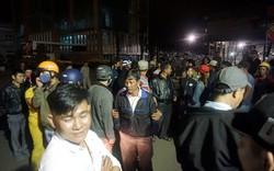 Dân vây 'nhà máy thép gây ô nhiễm' trong đêm