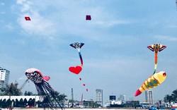 """Xúc động những cánh diều """"mang dáng hình đất nước"""" bên bờ biển Đà Nẵng"""