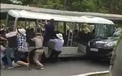 Tai nạn hy hữu ở khu du lịch, nhiều du khách bị thương