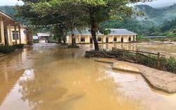 Lũ quét kinh hoàng ập về trong đêm khiến nhiều trường học ngập hơn 1 mét