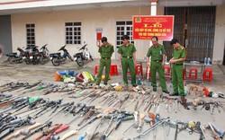 Nghệ An: Tiêu hủy hàng trăm khẩu súng tự chế