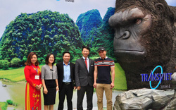 Ninh Bình được tặng mô hình tượng Kong để quảng bá du lịch