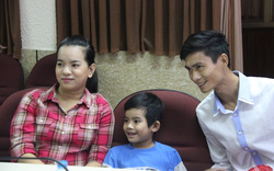 TP.HCM:  Bé trai bị thanh sắt hàng rào đâm xuyên ngực đã được xuất viện