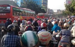 Bí thư Thăng: Loại bỏ bảo kê, xe dù bến cóc, đẩy tiến độ dự án giao thông để đối phó ùn tắc