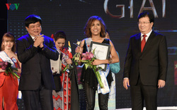 Thí sinh đến từ Philippines đoạt giải nhất Cuộc thi Tiếng hát ASEAN+3