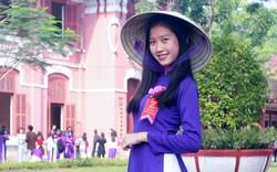 Chủ tịch tỉnh Thừa Thiên – Huế viết thư vận động mang áo dài truyền thống
