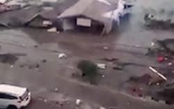Hoảng loạn: Động đất kéo theo sóng thần cuồn cuộn ập vào bờ giữa tiếng thét kinh hoàng