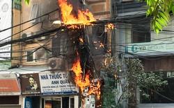 """Hà Nội: Hiểm họa cháy nổ từ """"tơ trời"""""""