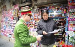 """Hộ kinh doanh lập """"cú đúp"""" biên bản khi Hà Nội giành lại vỉa hè"""