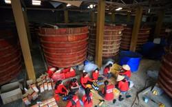 Khám phá nhà thùng sản xuất nước mắm ở Phú Quốc