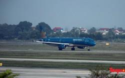 Hàng loạt chuyến bay phải hủy, hoãn do ảnh hưởng của bão số 16