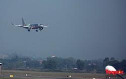 Các hàng hàng không lớn liên tục hủy bay vì bão số 3