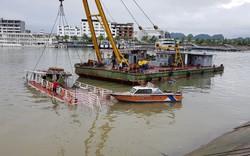 Quảng Ninh: Quên bơm nước, tàu du lịch bất ngờ bị chìm lúc rạng sáng