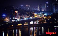 Hình ảnh tàu điện Cát Linh - Hà Đông chạy thử vào buổi tối