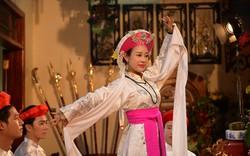 Ca sĩ Việt Hoàn