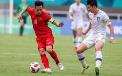 Xúc động khi cầu thủ Olympic Việt Nam  làm điều này cho bóng đá nữ