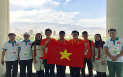 Đoàn học sinh Việt Nam đoạt 3 huy chương Olympic Tin học quốc tế