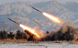 Hàn, Nhật đồng loạt lên tiếng tên lửa Triều Tiên vừa bắn