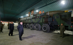 """""""Cửa sau"""" ngoại giao Mỹ- Triều: Những tín hiệu thuận, nghịch?"""