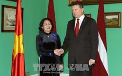 Phó Chủ tịch nước hội đàm với Tổng thống Latvia
